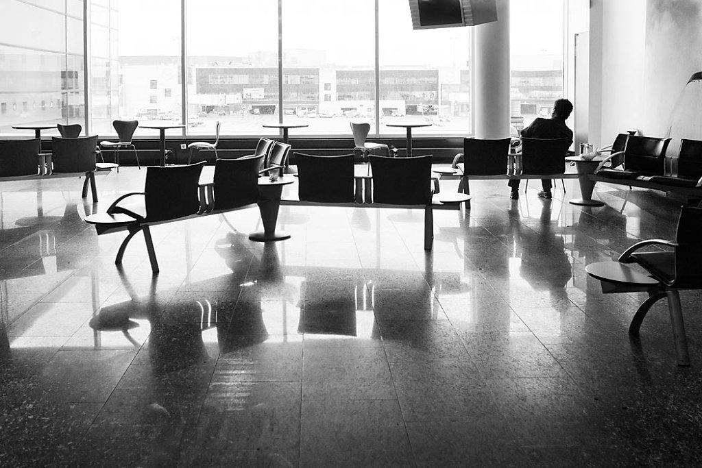 Anna-Lena-Thamm-Frankfurt-Airport-Warteschleife06.jpg