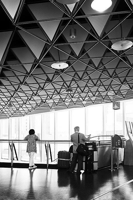 Anna-Lena-Thamm-Frankfurt-Airport-Warteschleife07.jpg